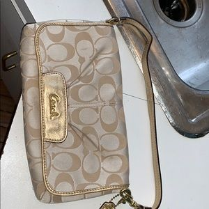 Coach 9 x 5 wallet purse